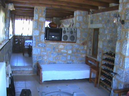 Hotels and rooms infos villa eleftheria papadianika - Meubles traditionnels ...